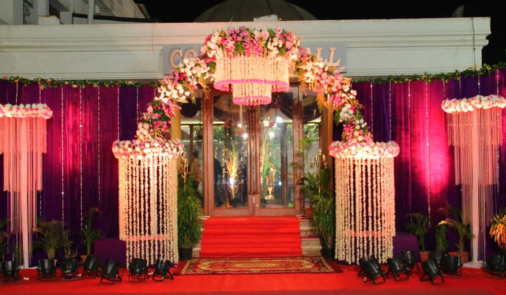 Getting Married Soon? Have A Look At Four Fantabulous Wedding Entrance Decor Ideas