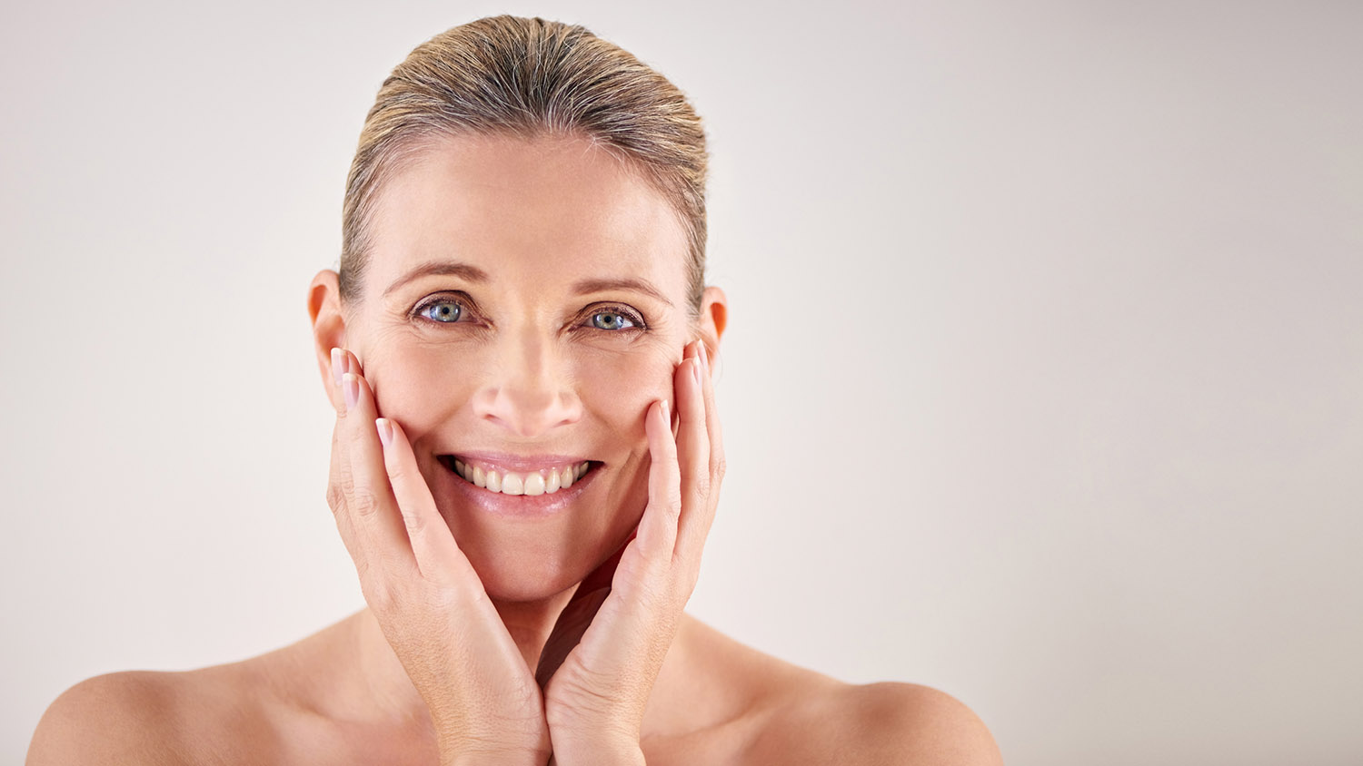 5 Skincare Tips to Get Rid of Loose Neck Skin