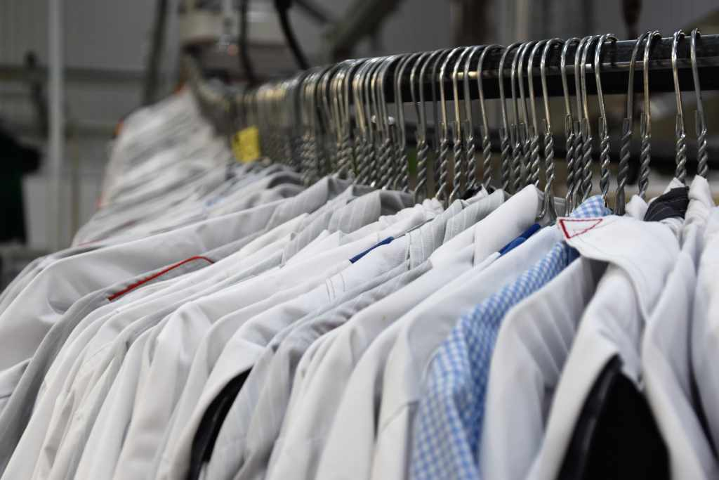Ways to Iron Your Clothes Without an Iron