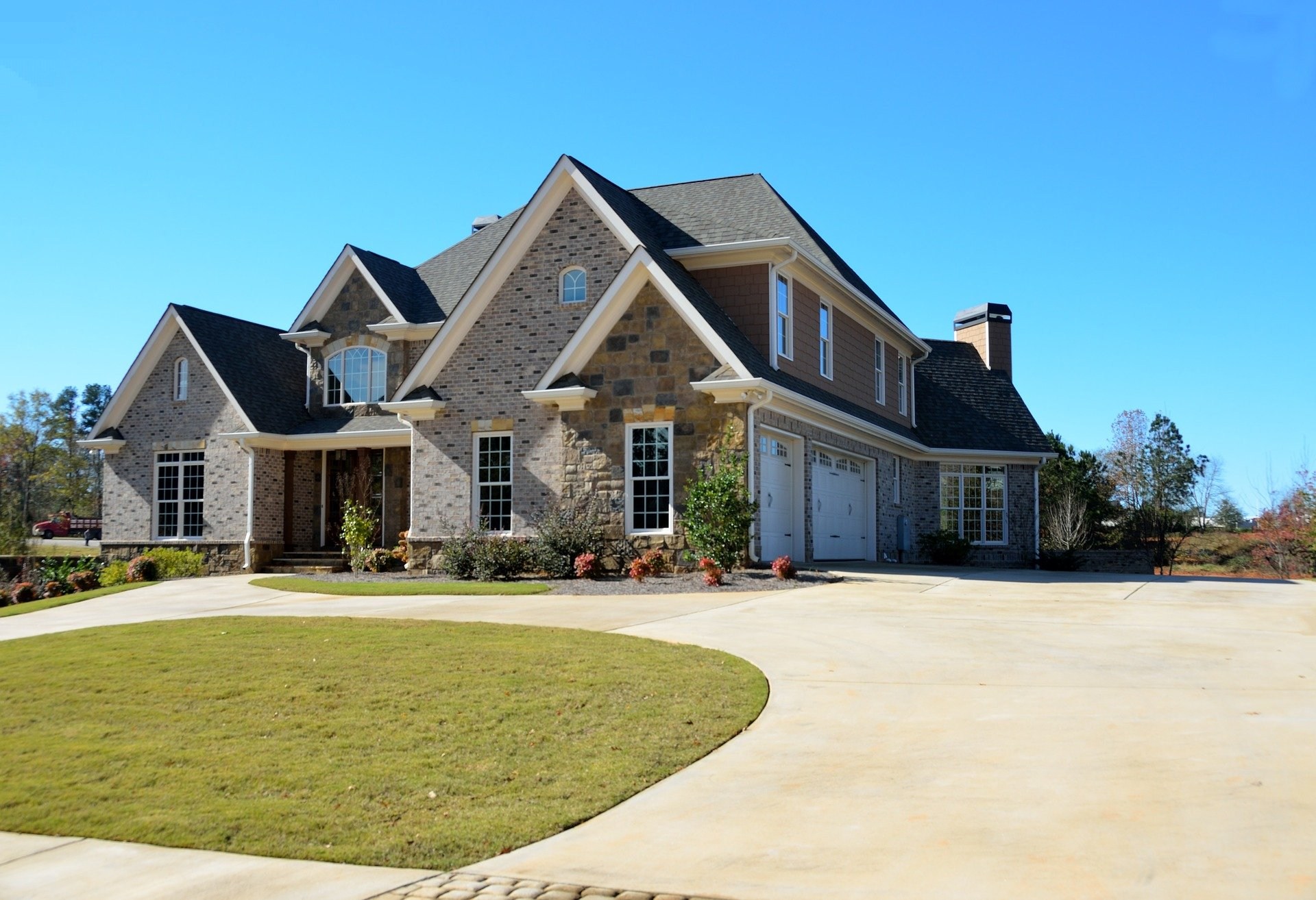 7 Exterior Designing Tips To Modernise Your House
